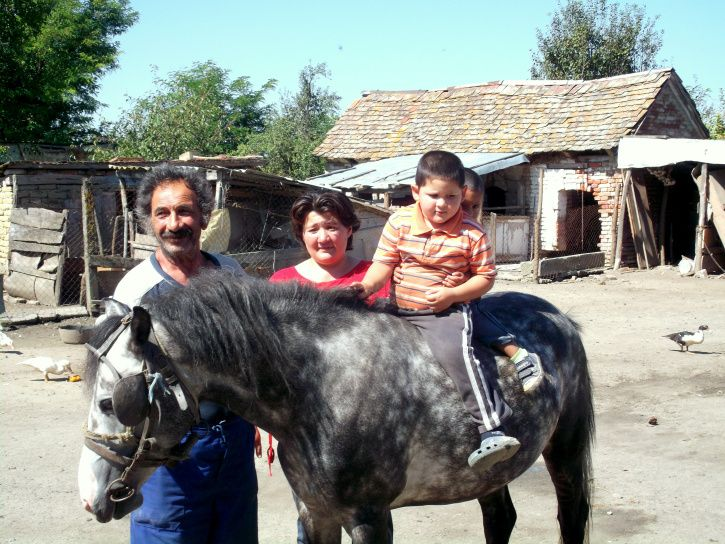 Hungarian family in Kemes village