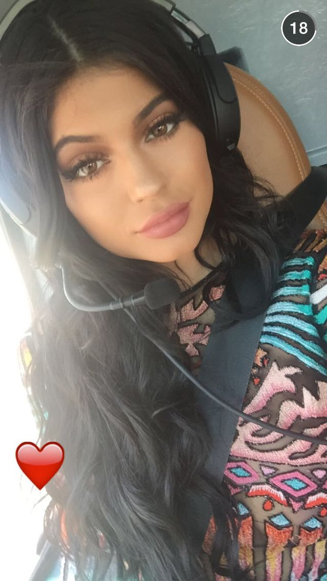 Kylie in helicopter