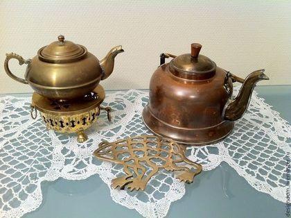 Винтаж ручной работы. Ярмарка Мастеров - ручная работа 2 медных чайника и подставка под горячее латунь лягушка. Handmade.