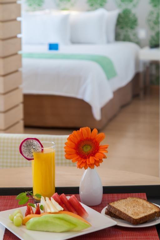 Hotel NH Queretaro (México Querétaro) - Booking.com