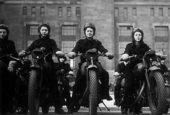 La historia oculta de las chicas sobre ruedas — Agente Provocador