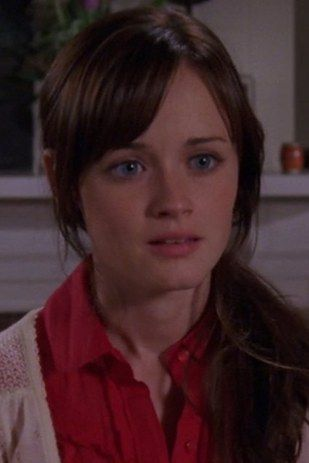 "Alexis Bledel was 19 when she entered the role of Rory Gilmore, and 26 when the show aired its last episode. | The Cast Of ""Gilmore Girls"" In Their First Episode, Last Episode, And Now"