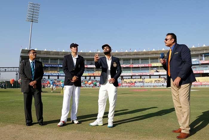 #INDvsENG #TeamIndia #ViratKohli Team India to bat first on dry surface of Visakhapatnam - http://ift.tt/1ZZ3e4d