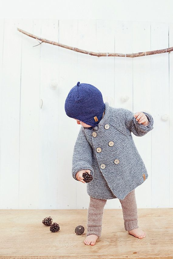 Grey hooded baby coat / Hand knitted grey wool by GeraBloga
