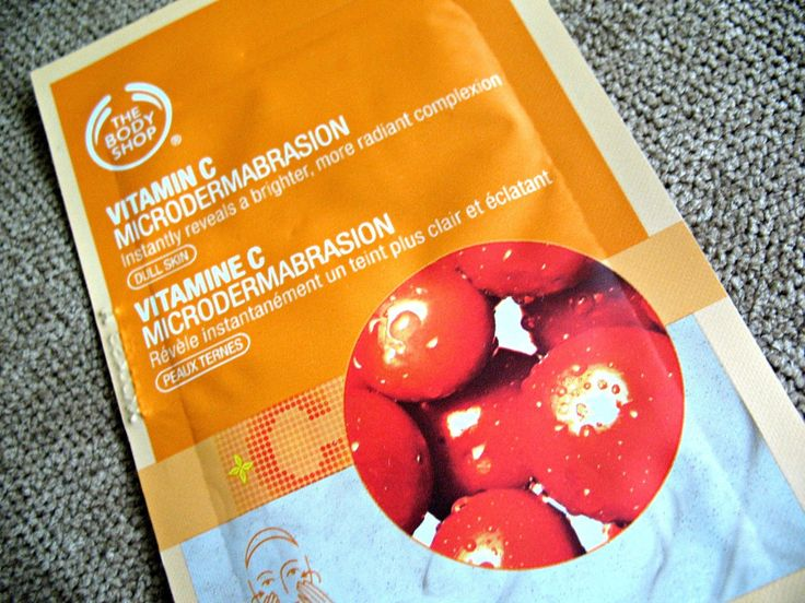 A Bestseller: The Body Shop Vitamin C Microdermabrasion for a bright, radiant complexion [review]