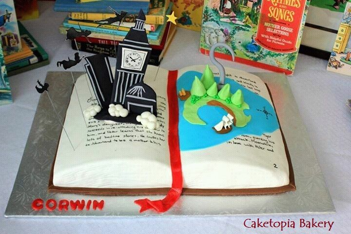 Book cake Peter Pan. Never-land. Caketopia Bakery https://www.facebook.com/caketopiabakerysaskatoon/