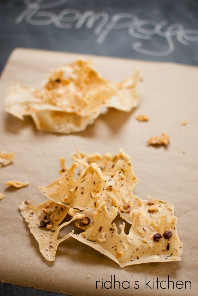 Rempeyek - Indonesian rice flour crackers // ridha's kitchen. These spiced crackers sound amazing!