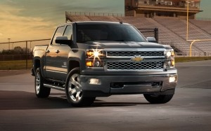 2014 Chevrolet Silverado Texas Edition/Custom Sport Debuts - WOT on Motor Trend