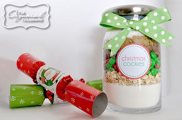 {The Organised Housewife} Christmas Cookie Mix in a Jar