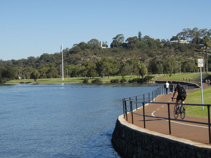 Swan River foreshore looking towards King's Park