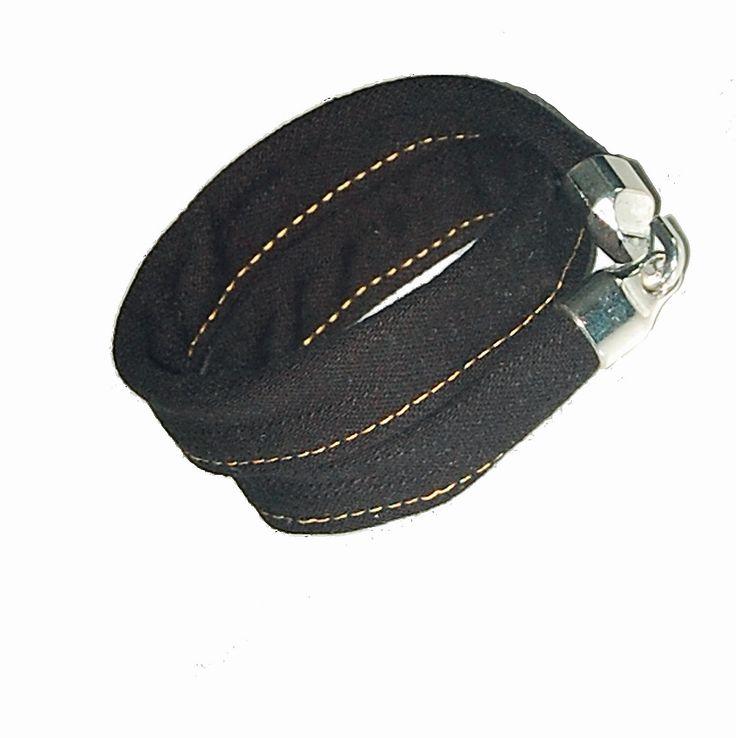 Czarna jeansówka z hakiem Black jeans barcelet with a hook