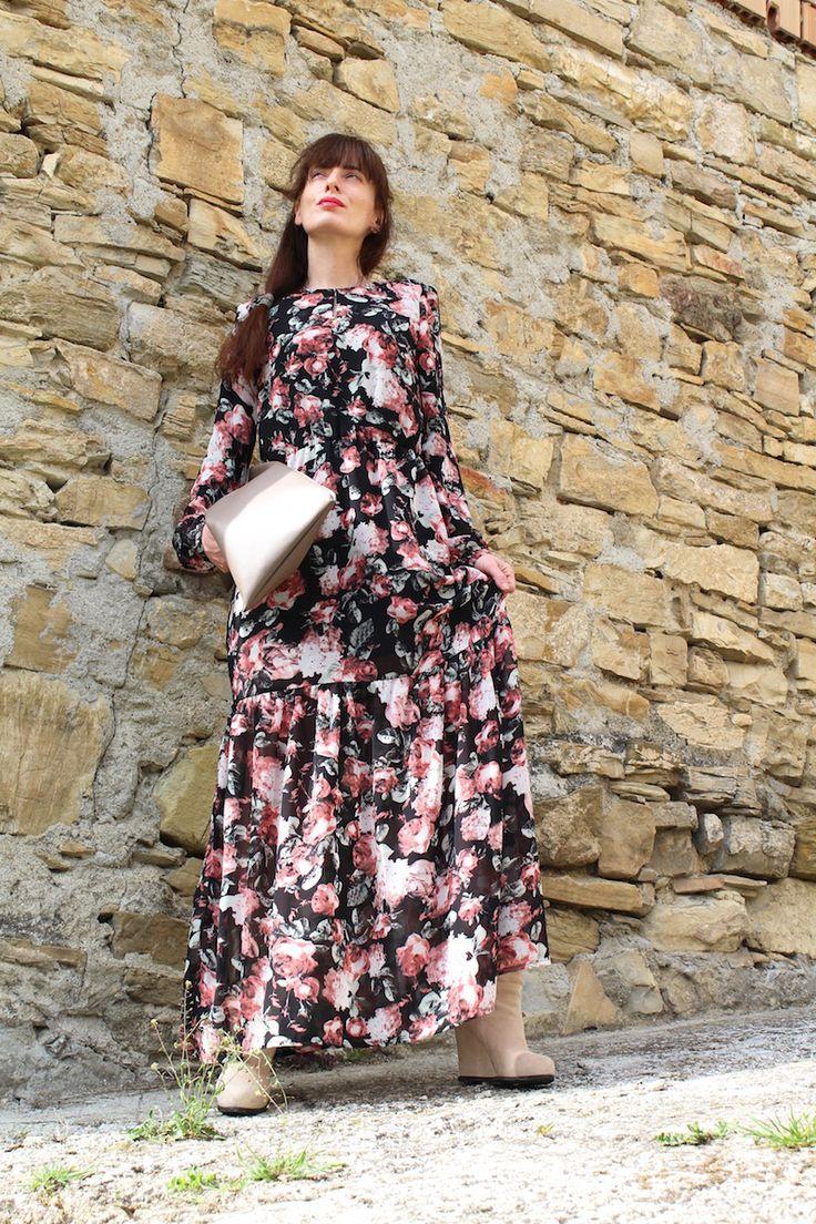 THE FASHIONAMY by Amanda Fashion blogger outfit, lifestyle, beauty, travel, events: #Folk maxi #dress - gli abiti lunghi con manica lunga e stampati per tutte le stagioni