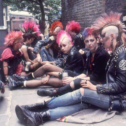 1000+ ideas about 80s Punk on Pinterest | Punk, Rock girls ...