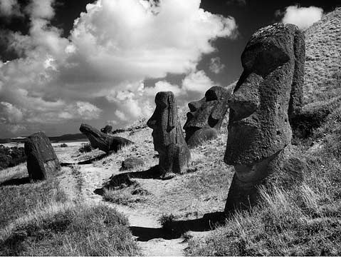 easter island ~ would love to get there!