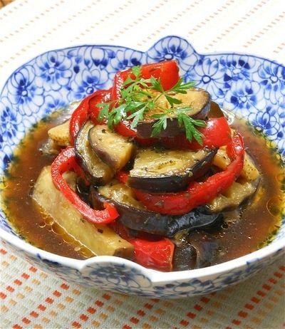 レシピ. めんつゆ×オリーブオイルでひんやり夏おかず、米ナスとパプリカのイタリアン焼き