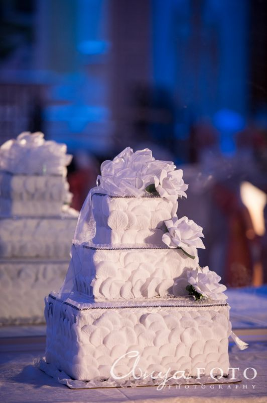 Wedding Gift Table anyafoto.com, #wedding, wedding gift box, wedding card box, cake style wedding card box, white rose wedding card box, wedding card box ideas, wedding gift box designs