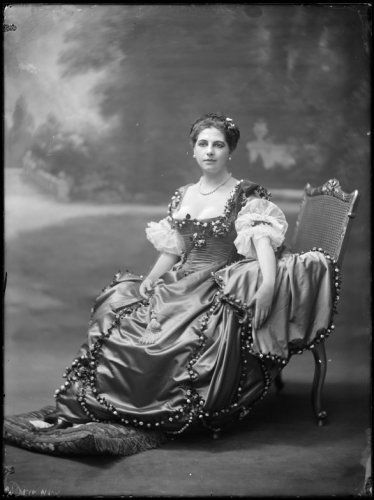 #Mata Hari (August 7, 1876-October 15, 1917) executed by firing squad after being convicted of espionage for Germany during #world war I.