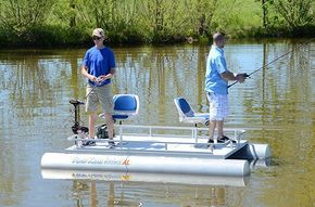 Rebel XL mini pontoon