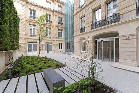 20 Boetie Paris -. #Nacarat #Rénovation #HQE #Architecture #Immobilier #Bureaux © Y. Soulabaille