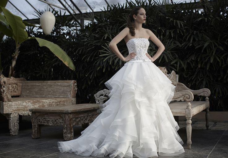 Mysecret Sposa Collezione Zaffiro Cod. 17124  #mysecretsposa #sposa #collezionesposa #abitidasposa #wedding #weddingdress #bride #abitobianco