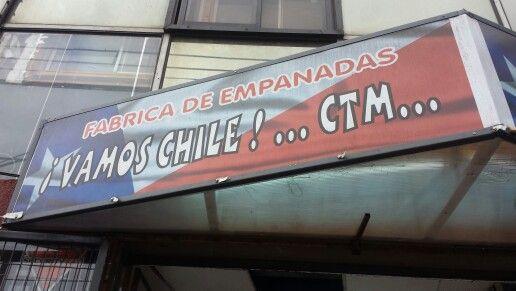 "Fábrica de empanadas ""¡Vamos Chile!.. CTM"" #SóloEnChile #OnlyInChile"