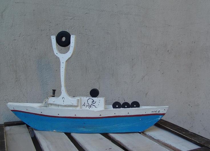 'Boat' / 'Barco' #12 by 4Manos2Cabezas (Mariana Padilla & Diego D'Amico)