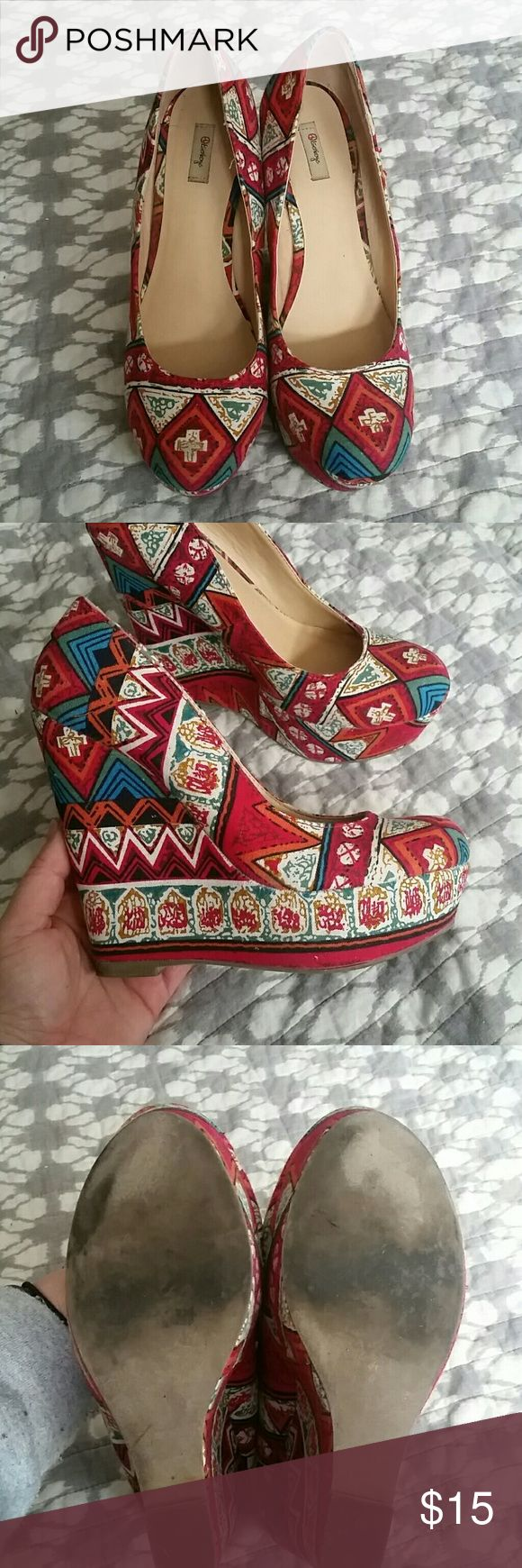 Aztec pumps Super fun bright heels! Worn a few times Shoes Heels