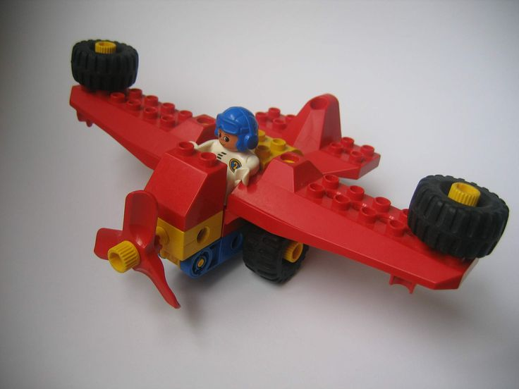 airplane from lego duplo toolo