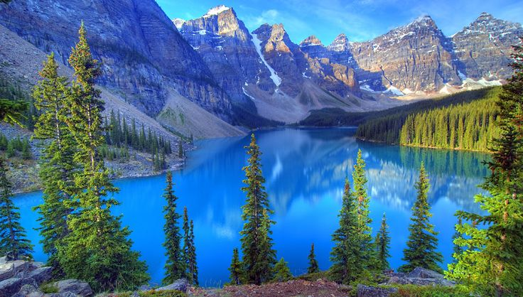 カナディアン・ロッキー(カナダ)|青の絶景|THE WORLD IS COLORFUL | 海外旅行情報 エイビーロード