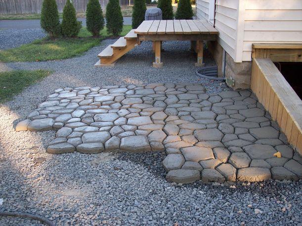 Diy Concrete Patio   Quikrete Walkmaker Template