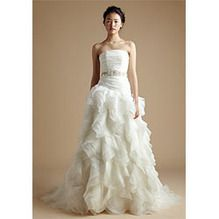 Today's Hot Pick :[JOANNA]Ruffle Organza Wedding Dress With Beaded Sash Strapless Ruched Bridal Gown http://fashionstylep.com/SFSELFAA0002259/french94en/out Crafted with meticulous effort to create this uniquely fascinating wedding gown. Sleeveless tube top with pleated bodice, lace-up back closure and an asymmetrical waist. Highlighted with a delicate beaded satin ribbon belt accent and features a tiered organza floor-length ball skirt for that whimsical effect.