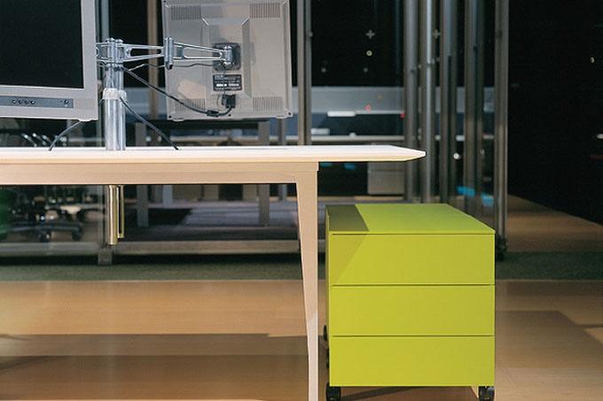 Starlite | Tables | Products | Schiavello