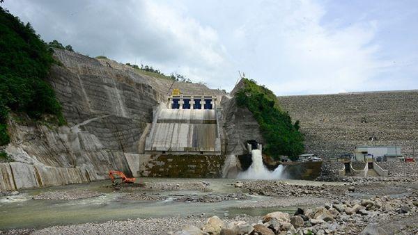 Represa hidroeléctrica Reventazón (Costa Rica), la más grande de América…
