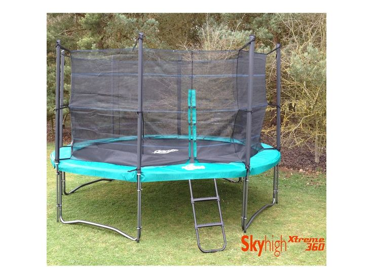 Skyhigh Xtreme 360 14ft Trampoline with Enclosure and Ladder