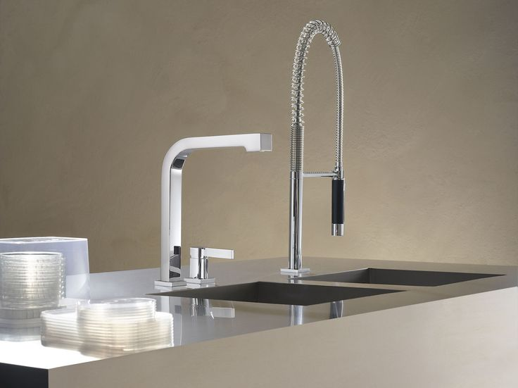 Dornbrachtu0027s Kitchen Faucet With Flexible Spray / Maro Collection
