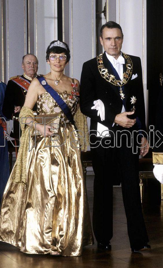 Mejores 255 imágenes de JOYAS CASA REAL DE NORUEGA en Pinterest | Familias reales, Noruega y Reinas