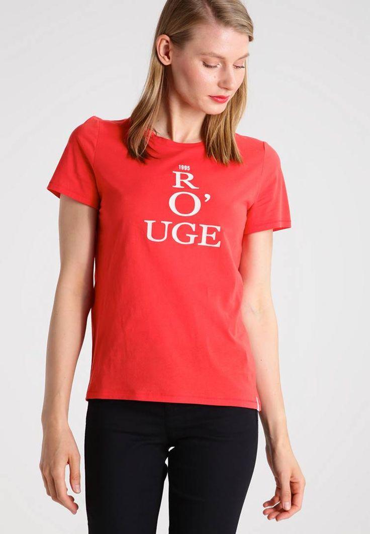 Marc O'Polo. T-shirt imprimé - deep sunset red. #Tshirt #t-shirtsàmessage #zalando #couleurstshirt Composition:100% coton. Longueur totale:58 cm en taille S. Forme du col:col rond. Matière:jersey. Taille du mannequin:Notre mannequin mesure 177 cm et porte une taille S. Coupe:normale. Motif / Cou...