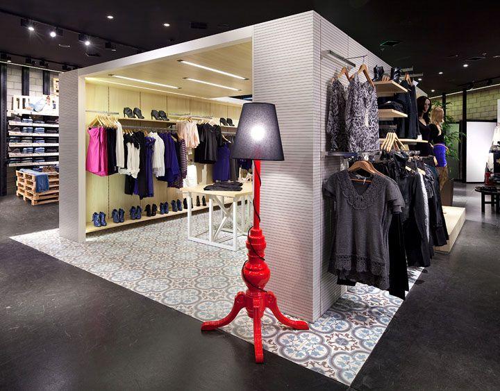 store-in-a-store   | Renuar fashion store by Bilgoray Pozner, Herzelia   Israel store design
