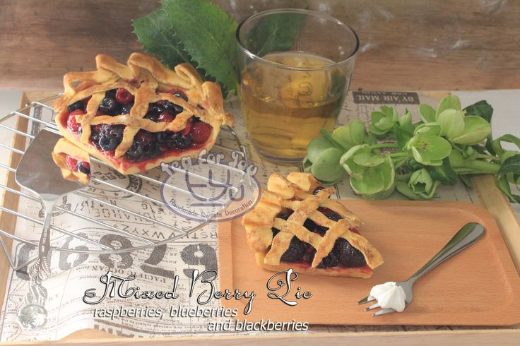 https://www.instagram.com/teaforyout/ https://twitter.com/TeaForYouT  ミックスベリーパイ♪ Finally it is tomorrow! I love this mixed berry pie  #スイーツデコ #フェイクスイーツ #フェイクフード #粘土 #ハンドメイド #手作り #スイーツ #タルト #フルーツ #イベント #デザート #ベリー #SweetsDecoration #FakeSweets #FakeFood #Handmade #Crafting #Clay #Clayart #Sweets #Dessert #Tart #Fruit #berry