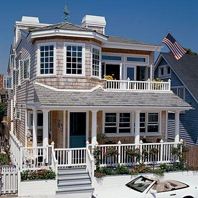 Cute beach cottage!Coastalliving, Beach Homes, Beach Cottages, Beach Houses, Beach House Exterior, Dreams House, Long Beach California, Coastal Living, Hot Tubs