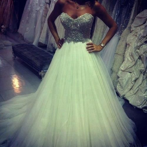 Okay seriously the most beautiful dress I have ever seen. Add a little more poof and I am sold!!