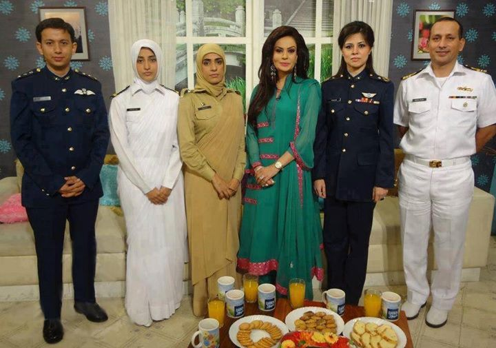 Pak Army Lady Pics: Brave Pakistani Female Officers After An Interview On A TV