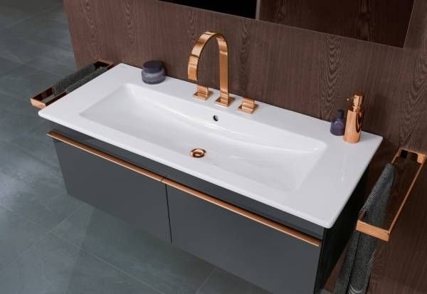 Villeroy Boch Venticello Furniture He Weightless Design Of The Bathroom Furniture Is Determined By Its Lines Neue Badezimmerideen Waschbecken Bad Waschtisch