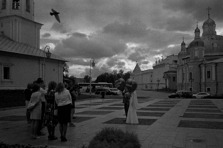Свадьба в день дождливый... На Кремлевской.. (Игорь Туров)