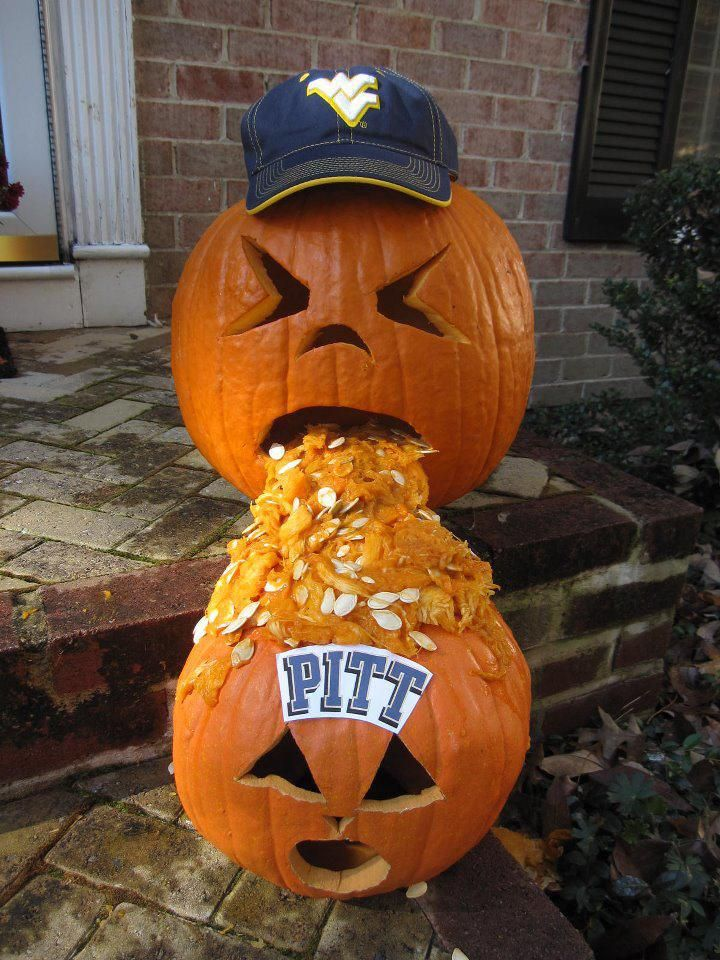LMAO! THE absolute FUNNIEST Jack O Lantern I have EVER seen!