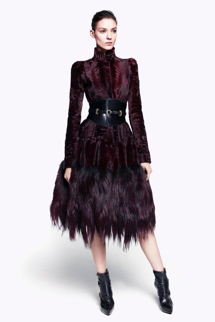 Alexander McQueen Women's Pre-Autumn-Winter Ready-To-Wear Collection The  fabrics and colors of the Alexander McQueen Pre-Autumn-Winter 2012 Collect