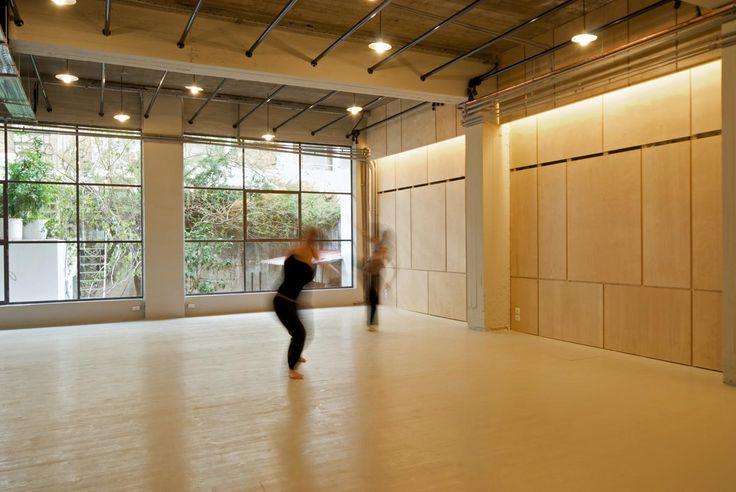 Subtle light and courtyard views at Kinitiras Studio