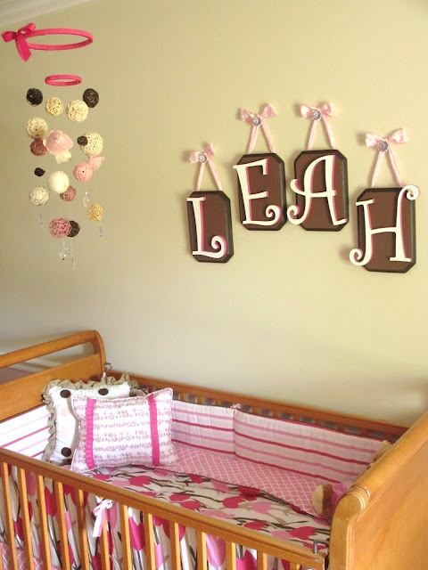 decorating a nursery on a small budget! I really love this!!!