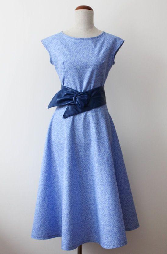 blog krawiecki, blog o szyciu, handmade clothes, krawiectwo, making dresses, retro dress, retro sukienka, sukienka handmade, szycie na maszynie, szycie sukienek, szycie ubrań, wykroje Burda