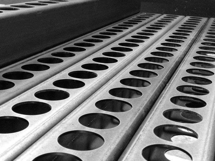 The laser cutting technology for machining steel pipes allows CMM to carry out operations used  in the world of pipes for industrial equipment for the sectors of filtration, purification and also the oil sector.